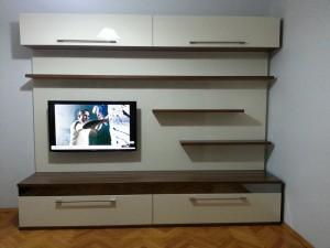 tv_ünitesi_anadolu_ceviz_gövde_krem_acrylic